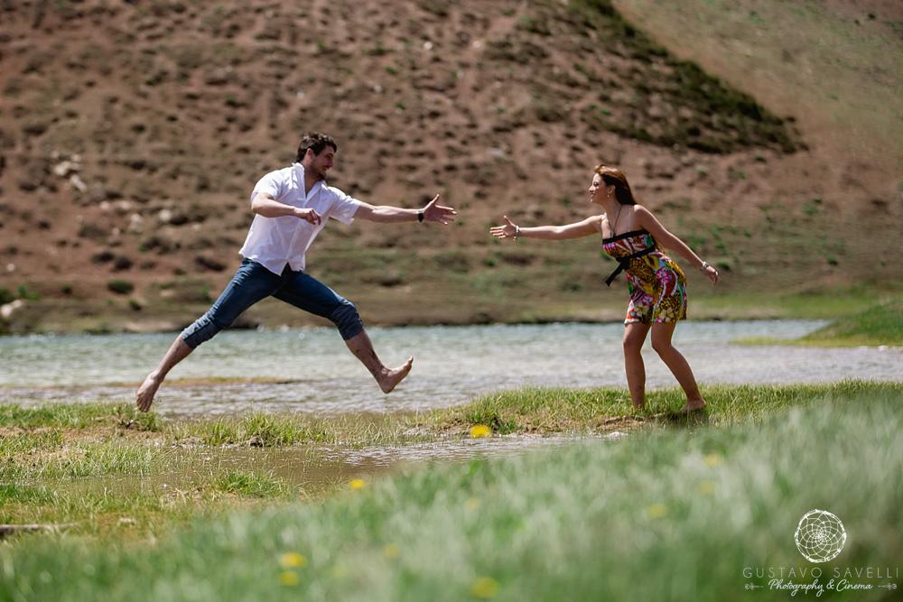09-sesion-fotografia-previa-casamiento-novios-boda-casamento-en-mendoza-montaña-aconcagua-cerro-parque-nacional