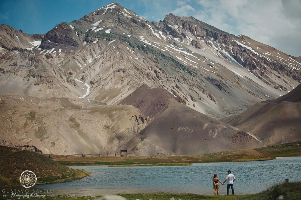 11-sesion-fotografia-previa-casamiento-novios-boda-casamento-en-mendoza-montaña-aconcagua-cerro-parque-nacional