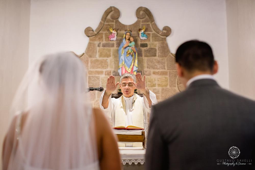 luna-india-nuestra-senora-del-perpetuo-socorro-chacras-de-coria-parroquia-iglesia-casamiento-fotografo-en-mendoza-mini-wedding-25
