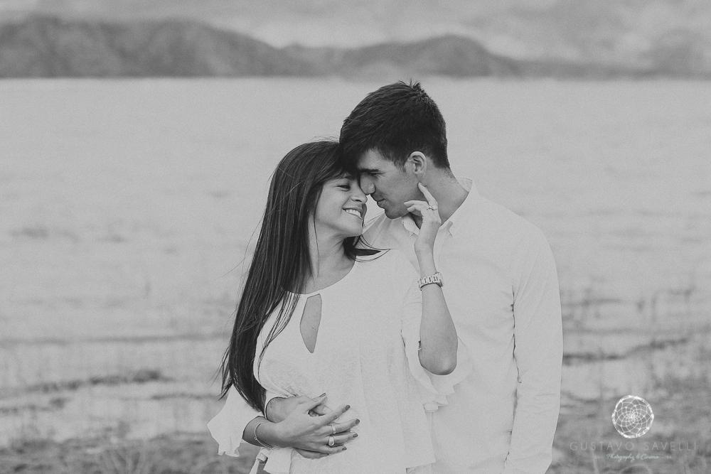 sesion fotos novios-montana-mendoza-fotos naturales- eventos-fotografia-servicio-profesional-casamiento-boda-video-06