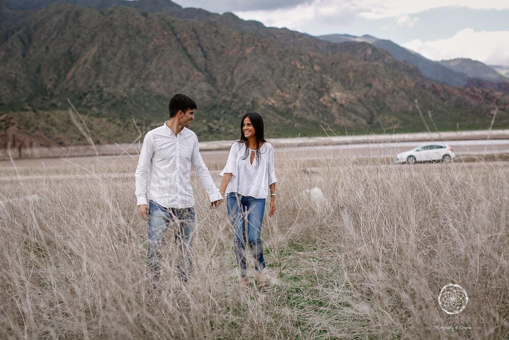 sesion fotos novios-montana-mendoza-fotos naturales- eventos-fotografia-servicio-profesional-casamiento-boda-video-09