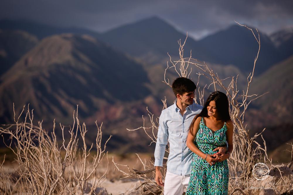 sesion fotos novios-montana-mendoza-fotos naturales- eventos-fotografia-servicio-profesional-casamiento-boda-video-15