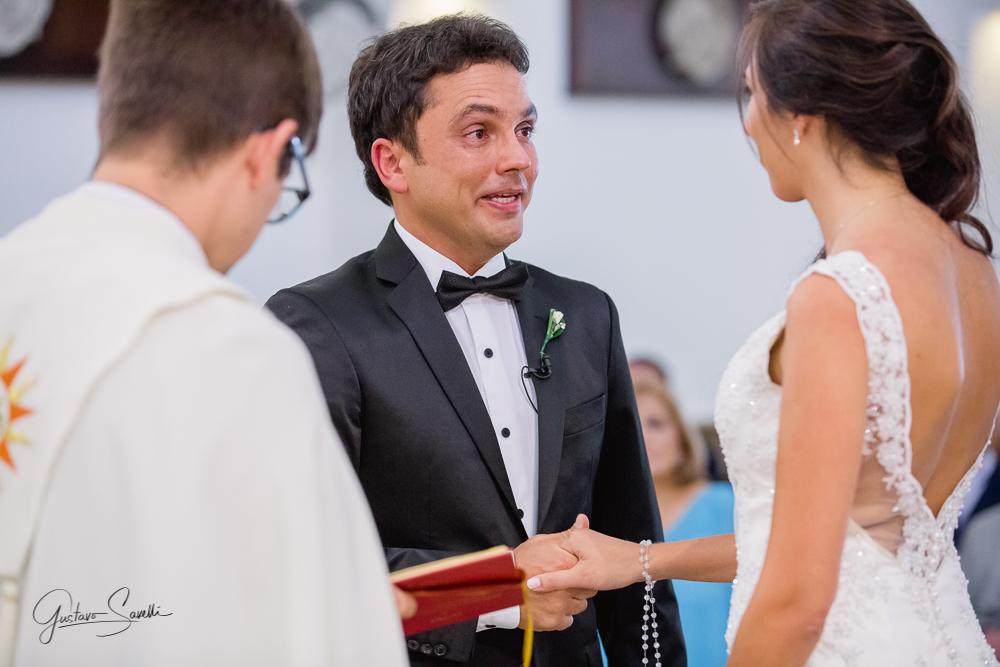 casamiento en la parroquia asuncion de la virgen, dorrego, mendoza, fotografias espontaneas y emotivas